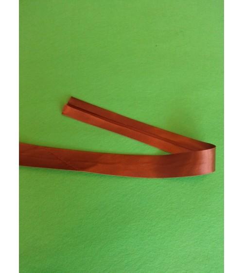 Bias cut ribbon