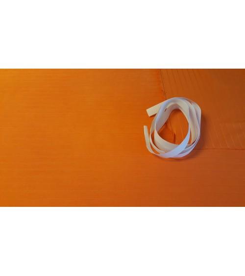 Narancs csíkos falvédő