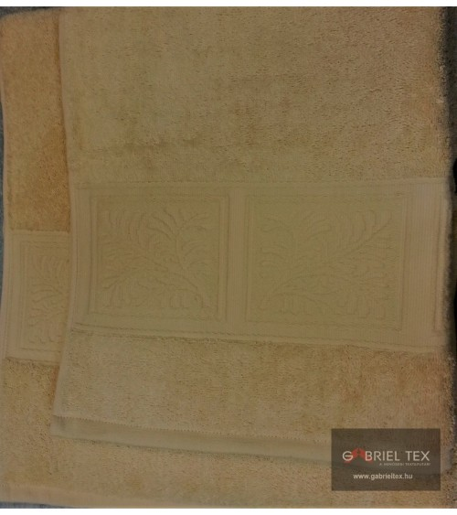 Square figured light neutral colored towels