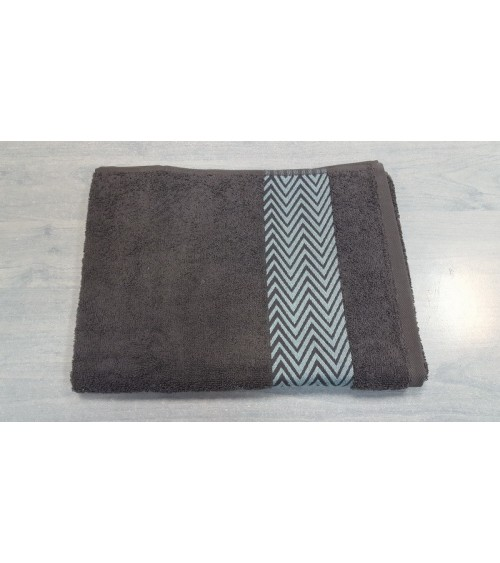 Grey line figured towels