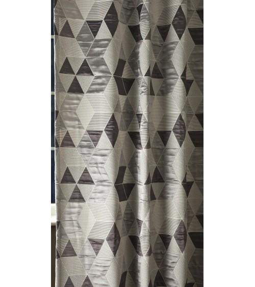 SZ- 213  Ezüst 42,  280 cm széles,  rombuszmintás  dekor függöny