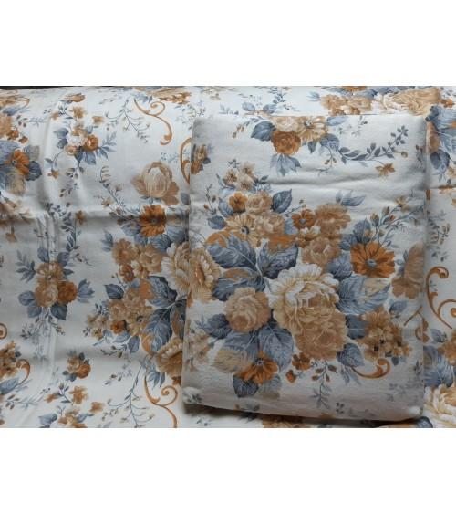 Flannel white leaf figured bedding